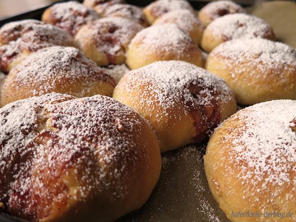 Fettarme Berliner Pfannkuchen vom Blech