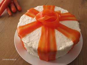 Eleganter Carrot Cake aka. Rübli Torte 2.0