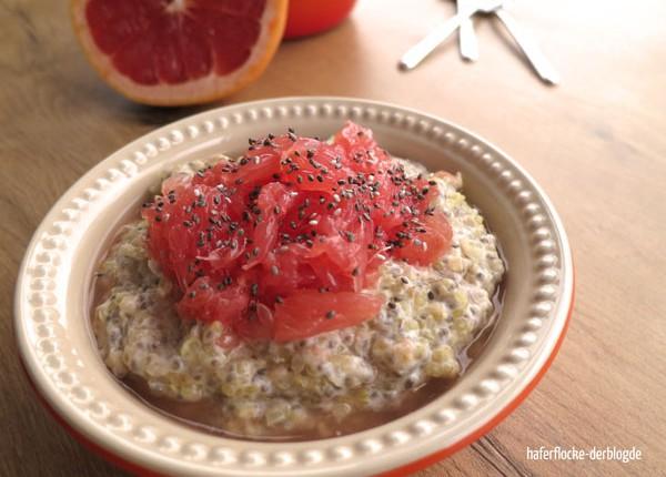 Quinoa-Porridge mit Grapefruit und Chiasamen