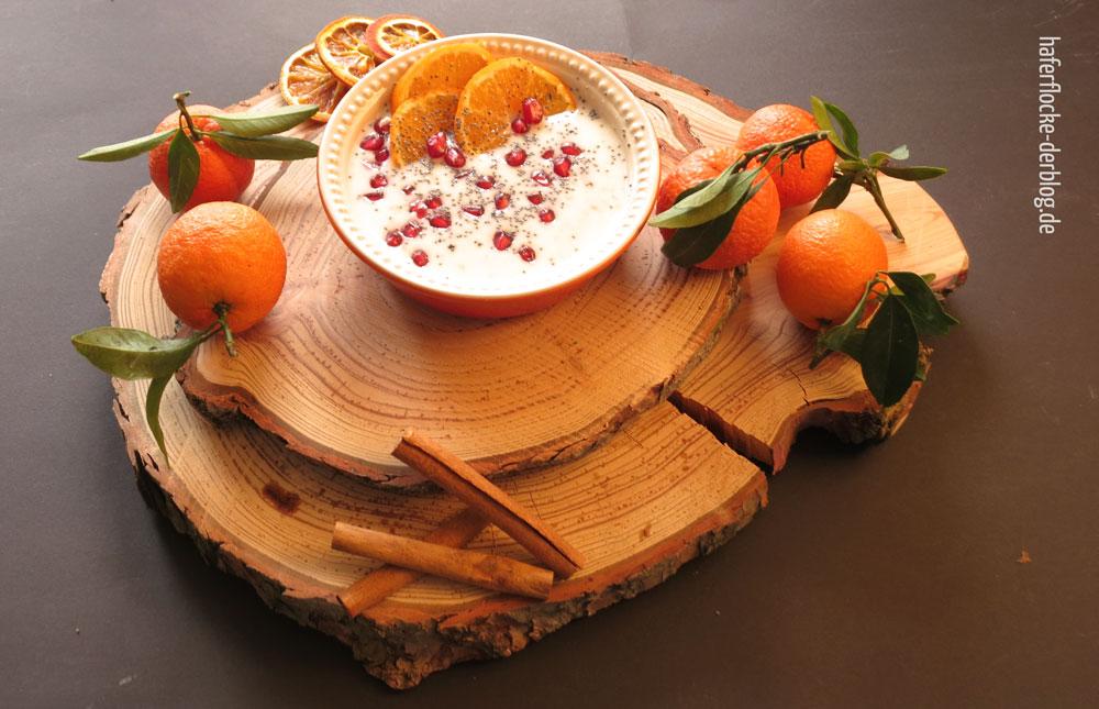 Porridge mit Mohn und Mandarine