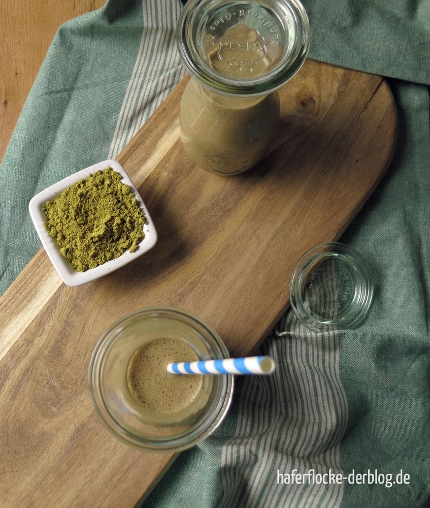 Schoko-Kaffee-Proteinshake