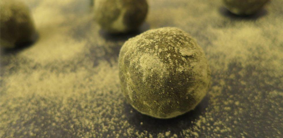 Grüntee-Energy-Balls