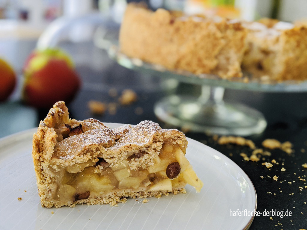 Veganer_gedeckter_Apfelkuchen-5